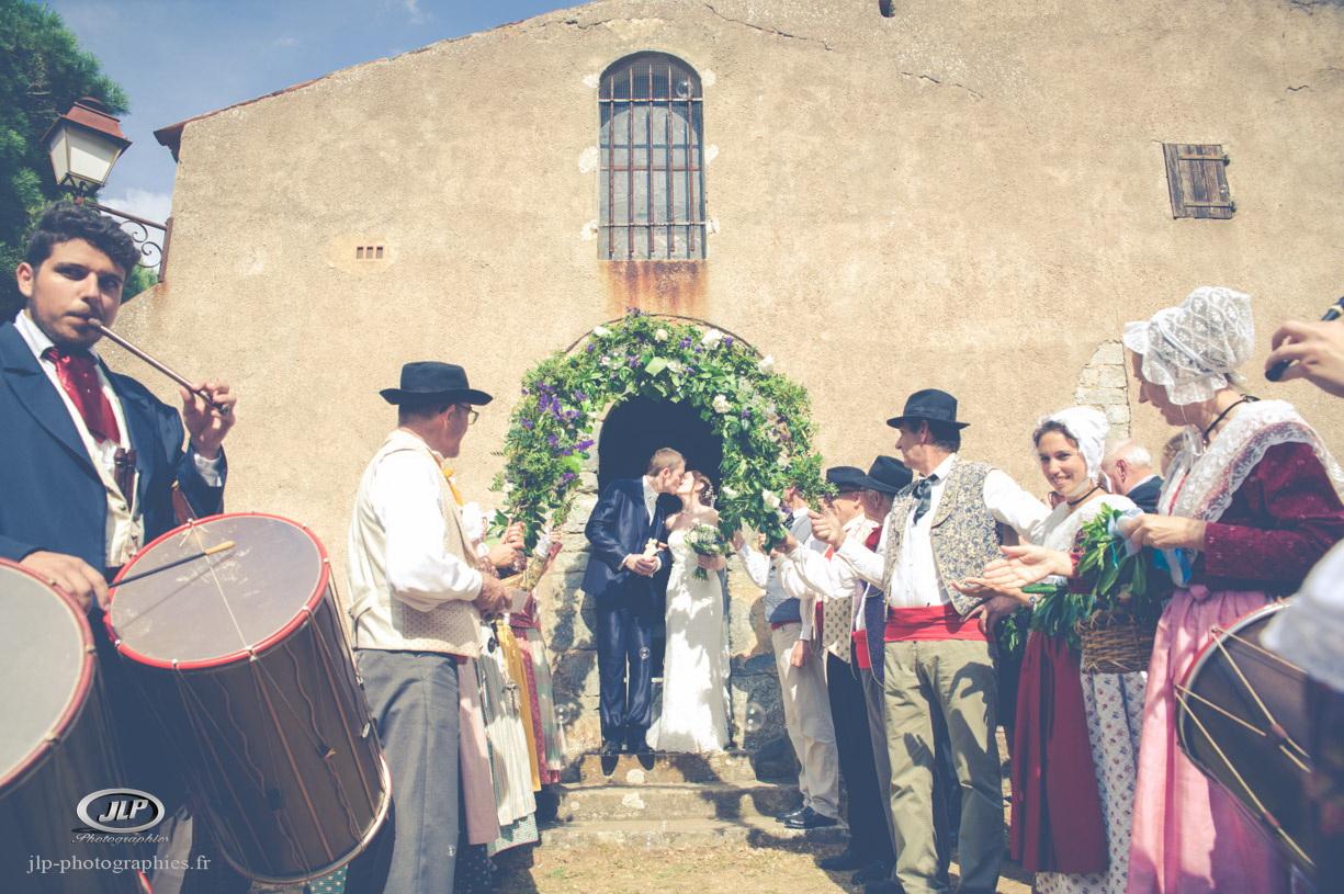 Mariage proven al jean luc planat photographe vid aste de mariage var paca - Faire un ourlet de jean ...