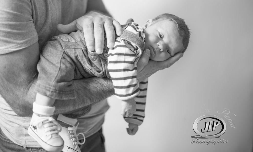 Jean-Luc Planat photographe bébé dans le Var